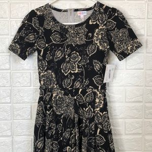 NWT LulaRoe Amelia floral paisley print dress